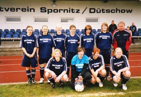 051001_SV_SpornitzDütschow_Frauenmannschaft_2005.jpg